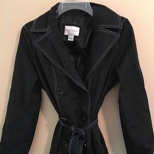 White House Black Market Raincoat Size Medium